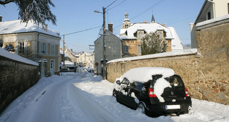 Conduire sur la neige - comment faire pour conduire sur la neige - L'auto ecole Drive Innov vous dit tout